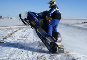 polaris snowmobile Image
