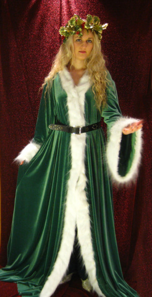 The_Ghost_of_Christmas_Present_by_ThreeRingCinema.jpg
