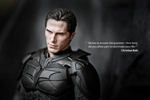 ... lộ sự tích giọng khàn đặc biệt trong 'The Dark Knight