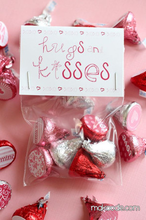 Hershey kiss craft | Great Ideas -- 31 DIY Valentine's Day Projects to ...
