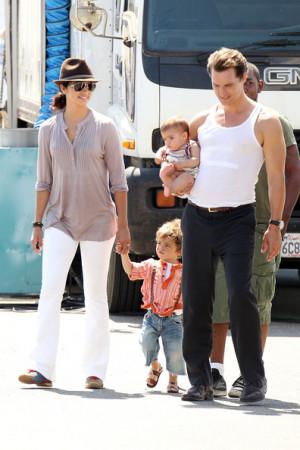 Camila Alves takes her kids Levi and baby Vida to visit papa Matthew ...