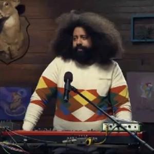 Reggie Watts Shake My Head Nope As He Performs