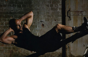 Jason Statham Workout Routine Physical Stats & Tips picture