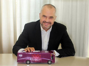Photos and images for Edi Rama (19)