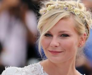 Kirsten Dunst: romantique et lumineuse au Festival de Cannes
