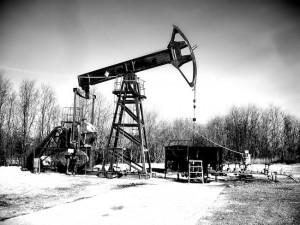 work derricks on a drilling rig in North Dakota.