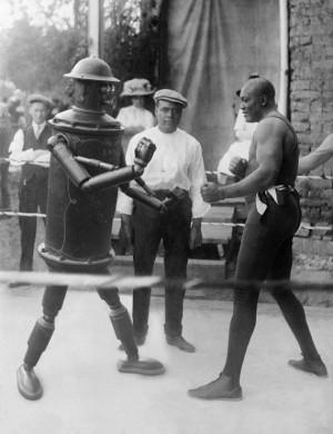 Robot vs Jack Johnson (not the musician, the boxer)