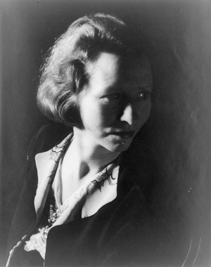 Description Edna St. Vincent Millay.jpg
