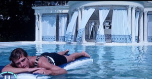 The Great Gatsby's Pool House: Inspiration for a blue and white summer ...