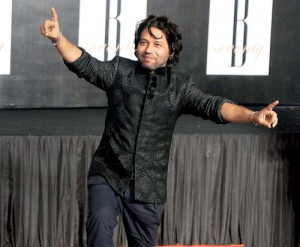 Kailash Kher does the Bhangra