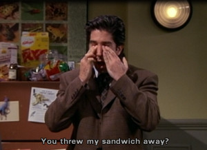 ... this image include: David Schwimmer, friends, ross geller and sandwich