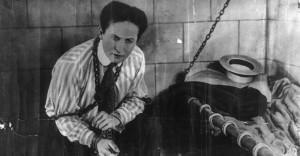 How-Did-Harry-Houdini-Die-–-And-Why.jpg