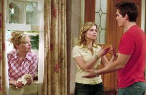 ... (left to right): melissa peterman as barbara jean hart Image 1 sur 1