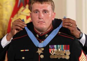 INSPIRING VIDEO] Medal of Honor Recipient HUMILIATES the Race Rioters ...