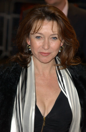 cherie lunghi bio cherie mary lunghi is an english film television and