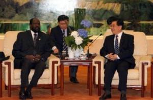 Hu Jintao (R) meets with South Sudan president Salva Kiir Mayardit ...