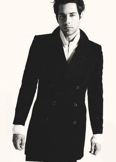 Zachary Levi - popculturez.com #Celebrity #Entertainmentnews # ...