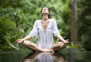 Yoga tiene beneficios preventivos y terapéuticos. Ha sido demostrado ...