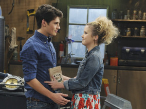 Melissa & Joey: Joe's Sperm & Lennox's Book
