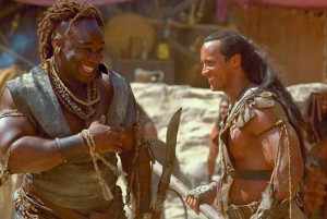 Michael Clarke Duncan with Dwayne Johnson in THE SCORPION KING