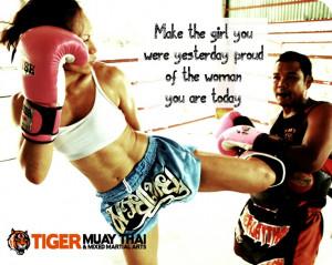 Women Muay Thai Kickboxing