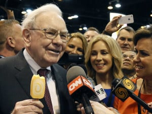 warren-buffetts-23-most-brilliant-insights-about-investing.jpg