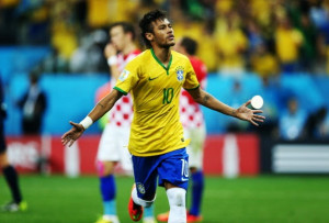 Brazilian soccer star hottie, Neymar in the spotlight!