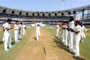 Sachin Tendulkar says goodbye with tears, emotional fans scream thank ...