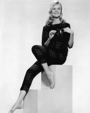 Shirley Knight Pictures