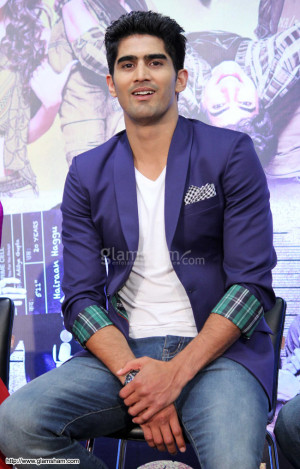 Vijender Singh at FUGLY first look and trailer launch photo 10