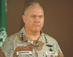 norman schwarzkopf   Army Gen. Norman Schwarzkopf, commander of U.S ...