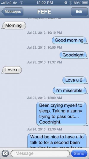 Miley Cyrus Butt Tweets Personal Texts, Leading Me To Believe Her Butt ...