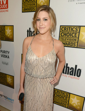 ... awards red carpet in this photo eden sher actress eden sher arrives