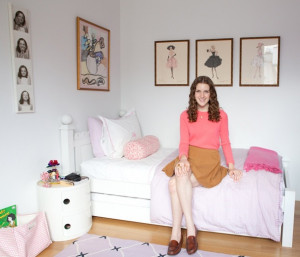 Ella Viscardi's room is unabashedly girly. Coco Chanel quotes, Barbie ...