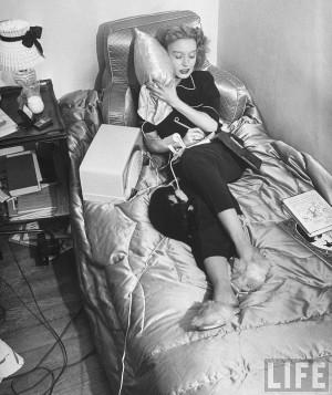 Radio columnista Harriet Van Horne Nueva York 1947 Life Bernard