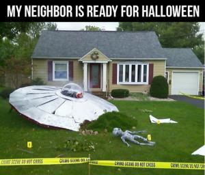 funny-picture-garden-ufo-Halloween