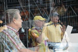 ... Love Kicks Brian Wilson, Al Jardine, and David Marks Out of the Band