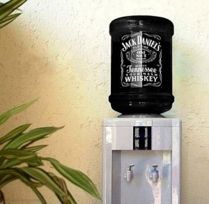 funny-Jack-Daniels-water-dispenser