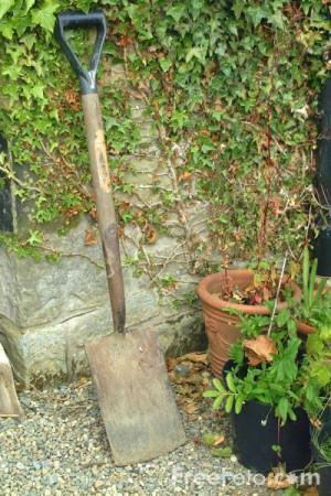 12_04_67---Garden-Spade_web.jpg?&k=Garden+Spade