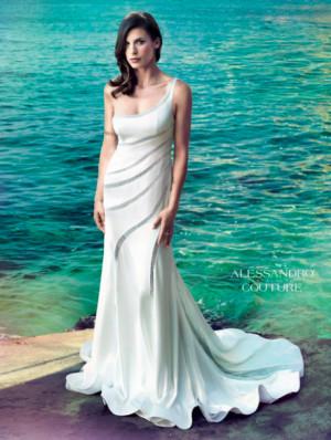 Elisabetta Canalis in abito da sposa la collezione di Alessandro