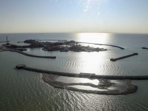 giant-kazakh-oil-field-is-stuck-between-a-widow-maker-and-a-rotating ...