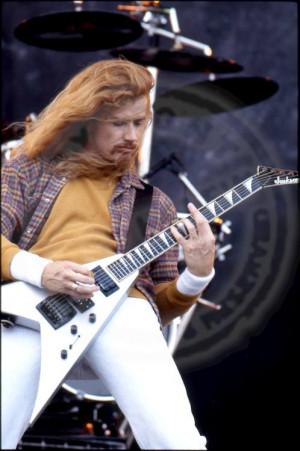 Dave-Mustaine-dave-mustaine-30473658-498-750.jpg