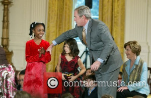 Picture George W Bush and White House Washington DC USA Monday 8th