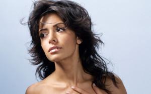 sarah-shahi-headshot