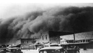 """The """"Dust Bowl"""", a photograph from 1933 - 1935:"""