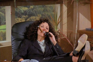 53-times-elaine-benes-was-the-biggest-hot-mess-on-2-6875-1400103756-1 ...