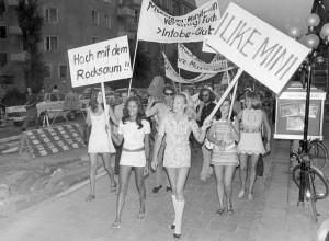 La mini-jupe fête ses 50 ans le 10 juillet .. (1)