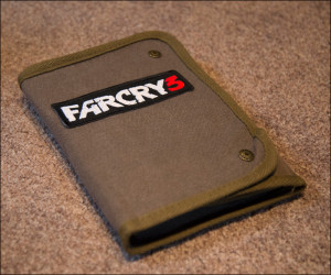 Far Cry 3 Insane Edition , includes survival kit, Vaas Wahine figure ...