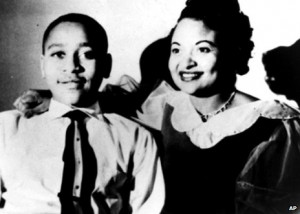 Emmett Till Pictures After His Death http://www.bbc.co.uk/news ...