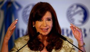 ... tras el dinero corrupto de 'los empresarios de Kirchner